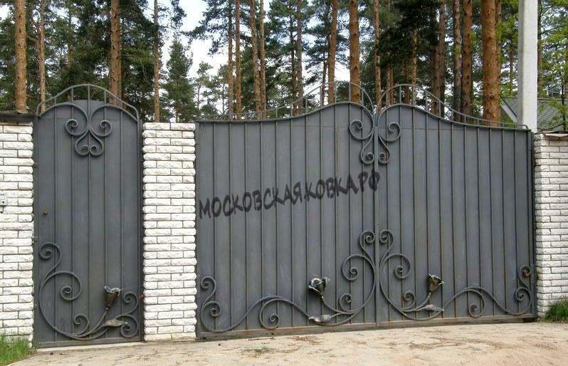 Кованые ворота серого цвета Артикул КВ-028