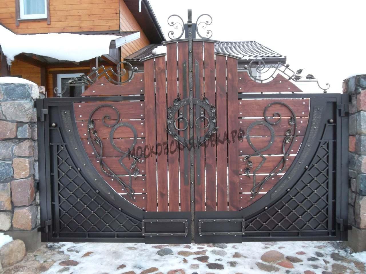 Кованые ворота и калитка с деревом Артикул КВ-039