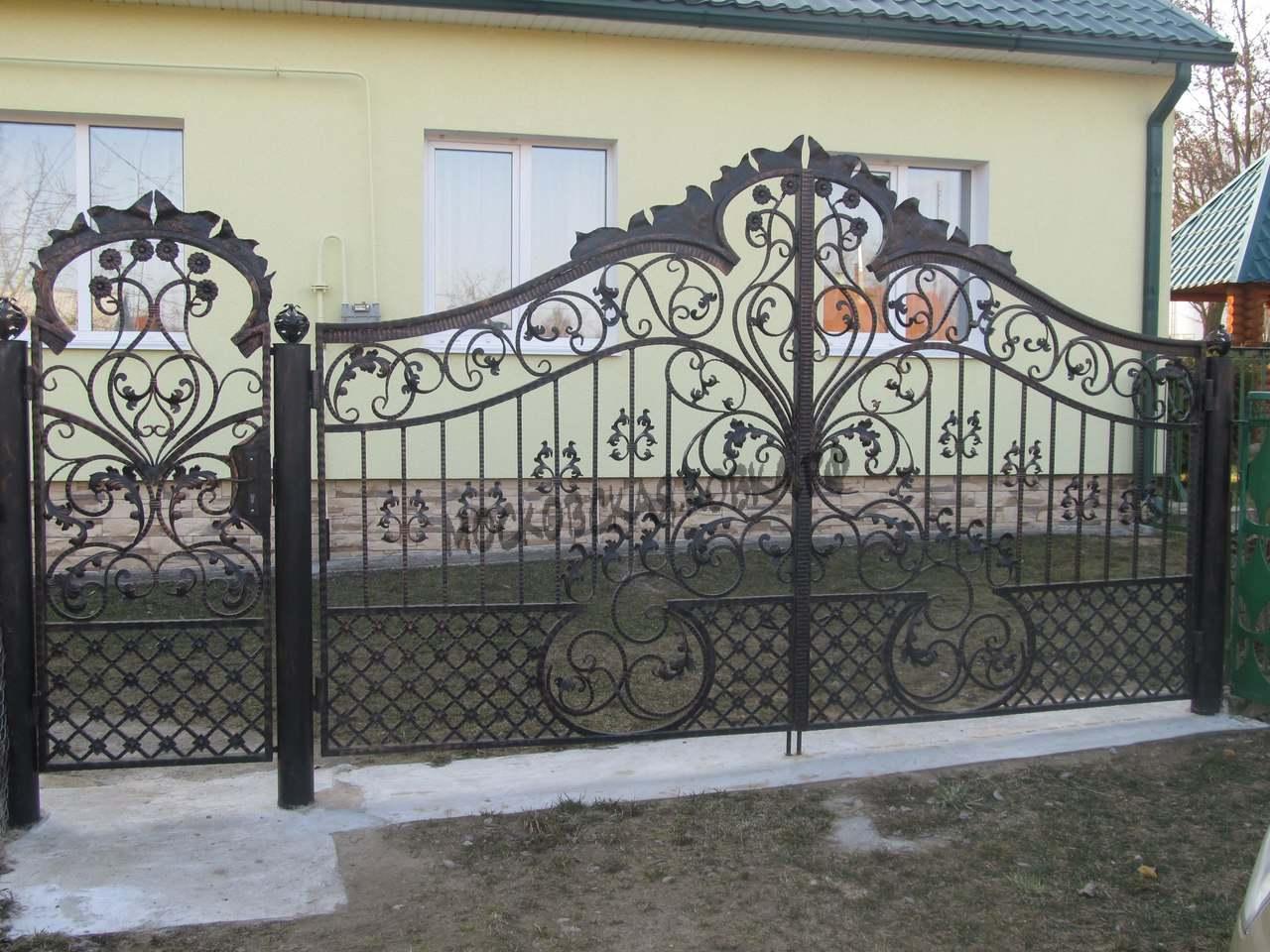 Кованые ворота для коттеджа Артикул КВ-051
