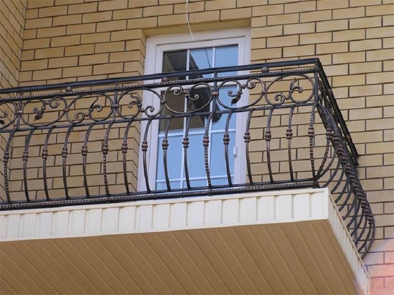 Кованое ограждение балкона АРТИКУЛ КБ 005