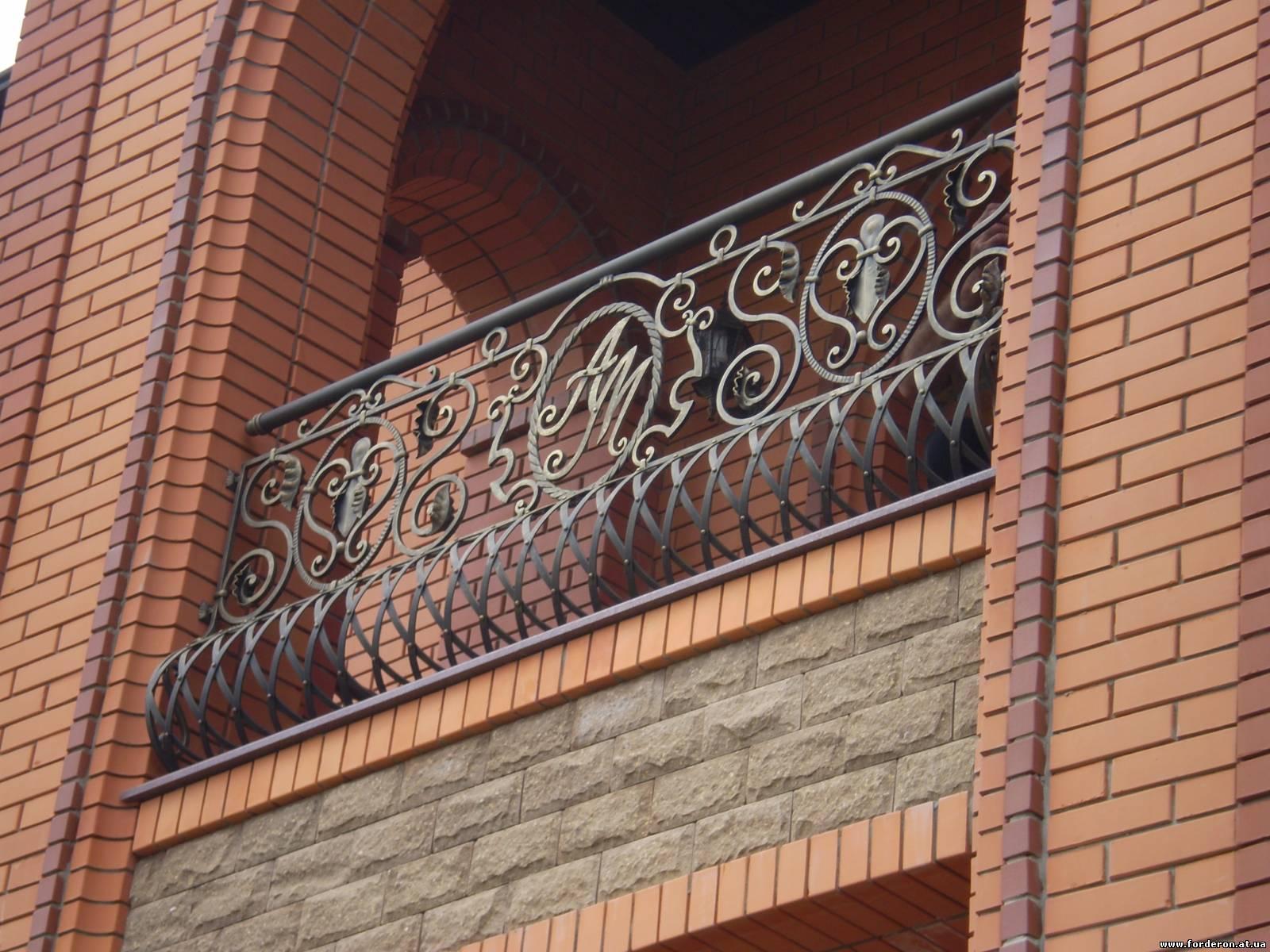 Кованые ограждения балкона АРТИКУЛ КБ 022