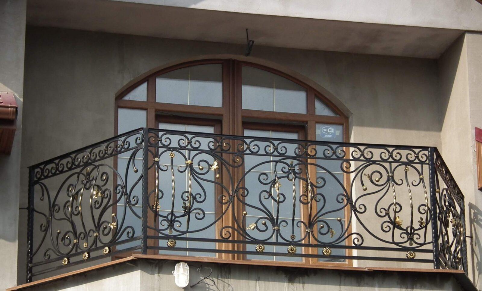 Недорогие кованые ограждения для балкона АРТИКУЛ КБ 010