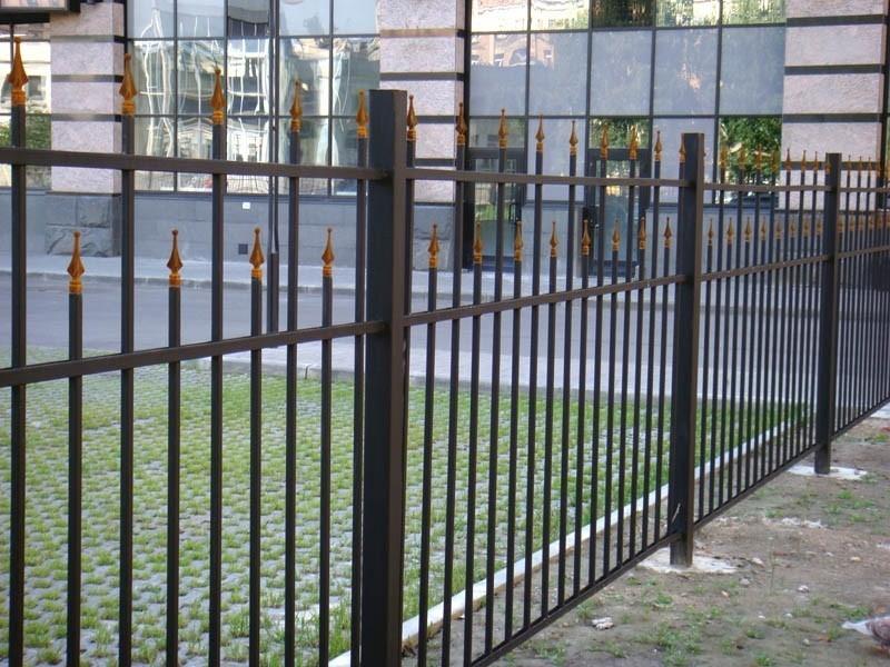 Металлический забор с пиками Артикул № КЗ-031
