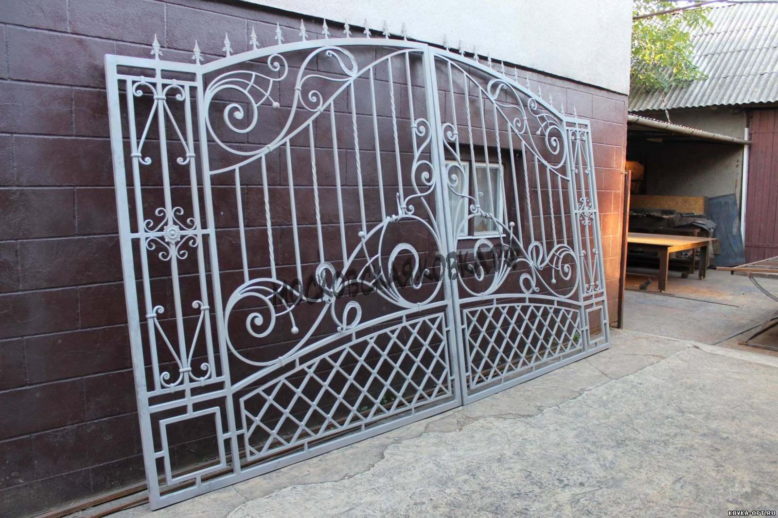 Кованые ворота белого цвета Артикул КВ- 009