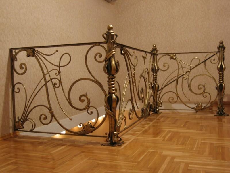 Кованые перила для лестницы на втором этаже АРТИКУЛ КП 031