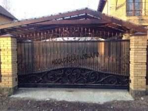 Откатные ворота комбинированые