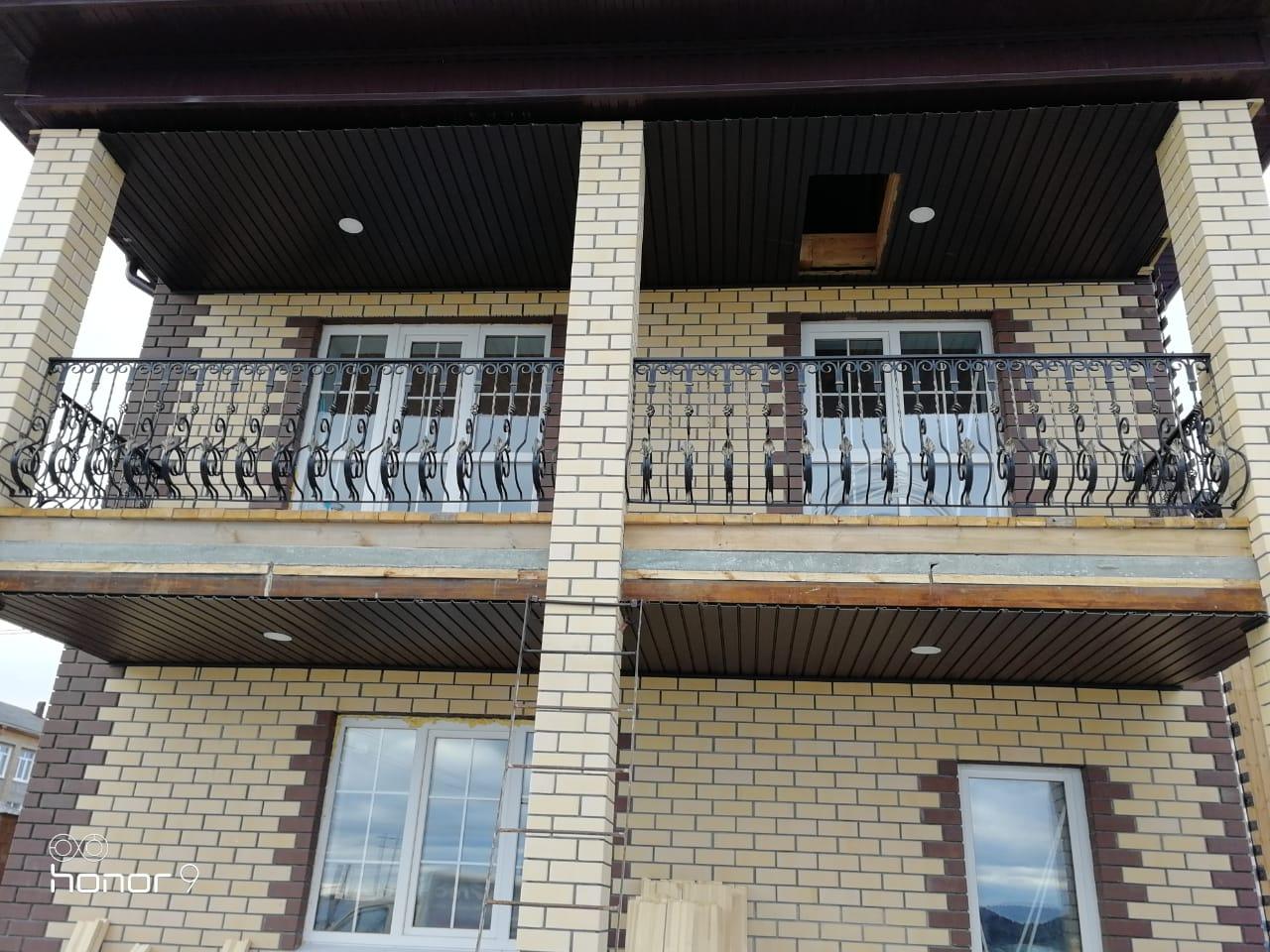 Балконные кованые ограждения из балясин