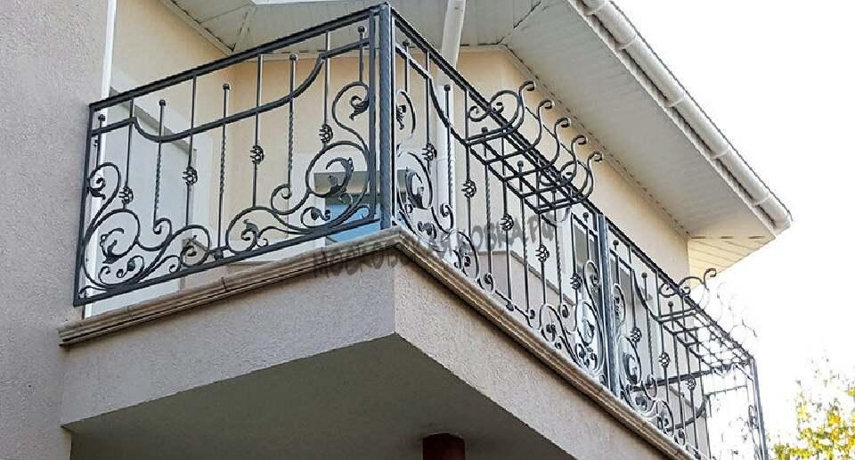 Кованые ограждения балкона с цветочницами АРТИКУЛ КБ 073