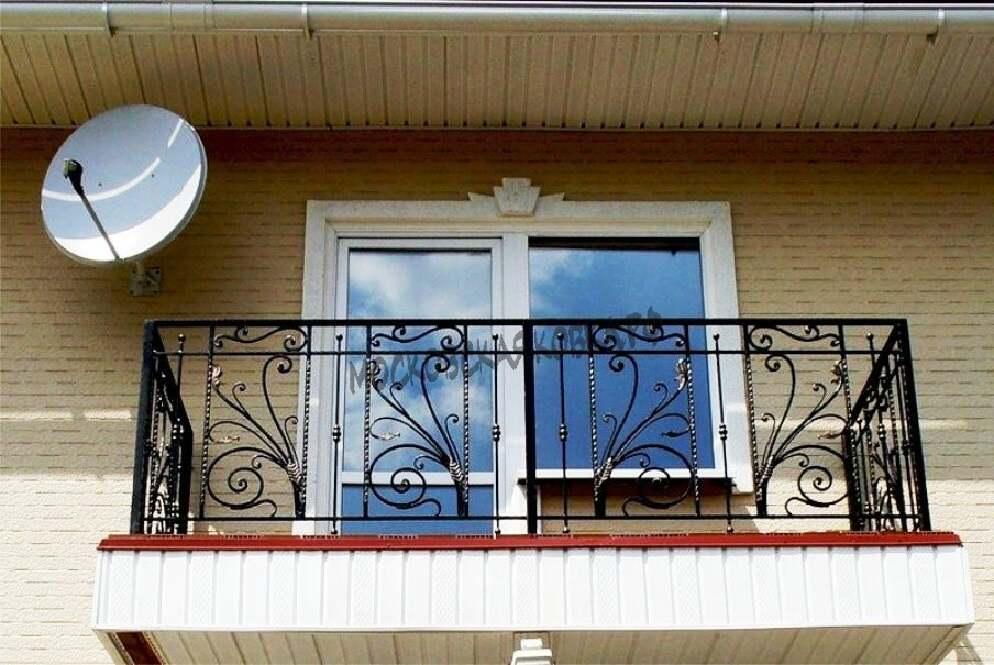 Недорогое ограждение балкона с элементами ковки АРТИКУЛ КБ 036