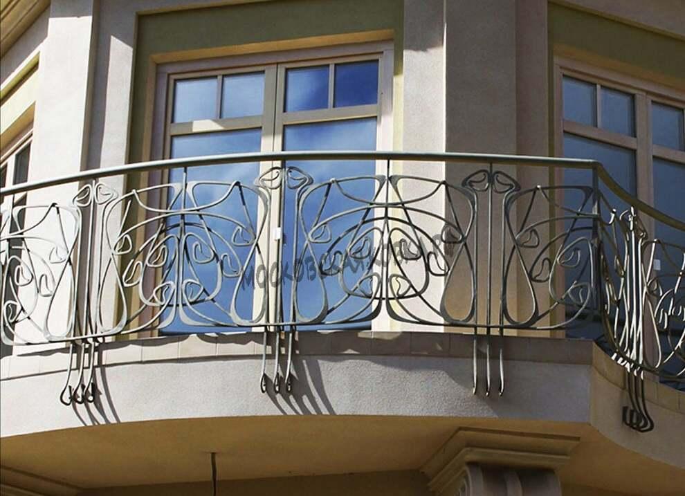 Кованые ограждения балкона с боковым креплением АРТИКУЛ КБ 037