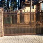 Кованые откатные ворота с поликарбонатом