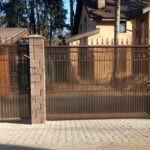 Кованые откатные ворота и калитка с поликарбонатом