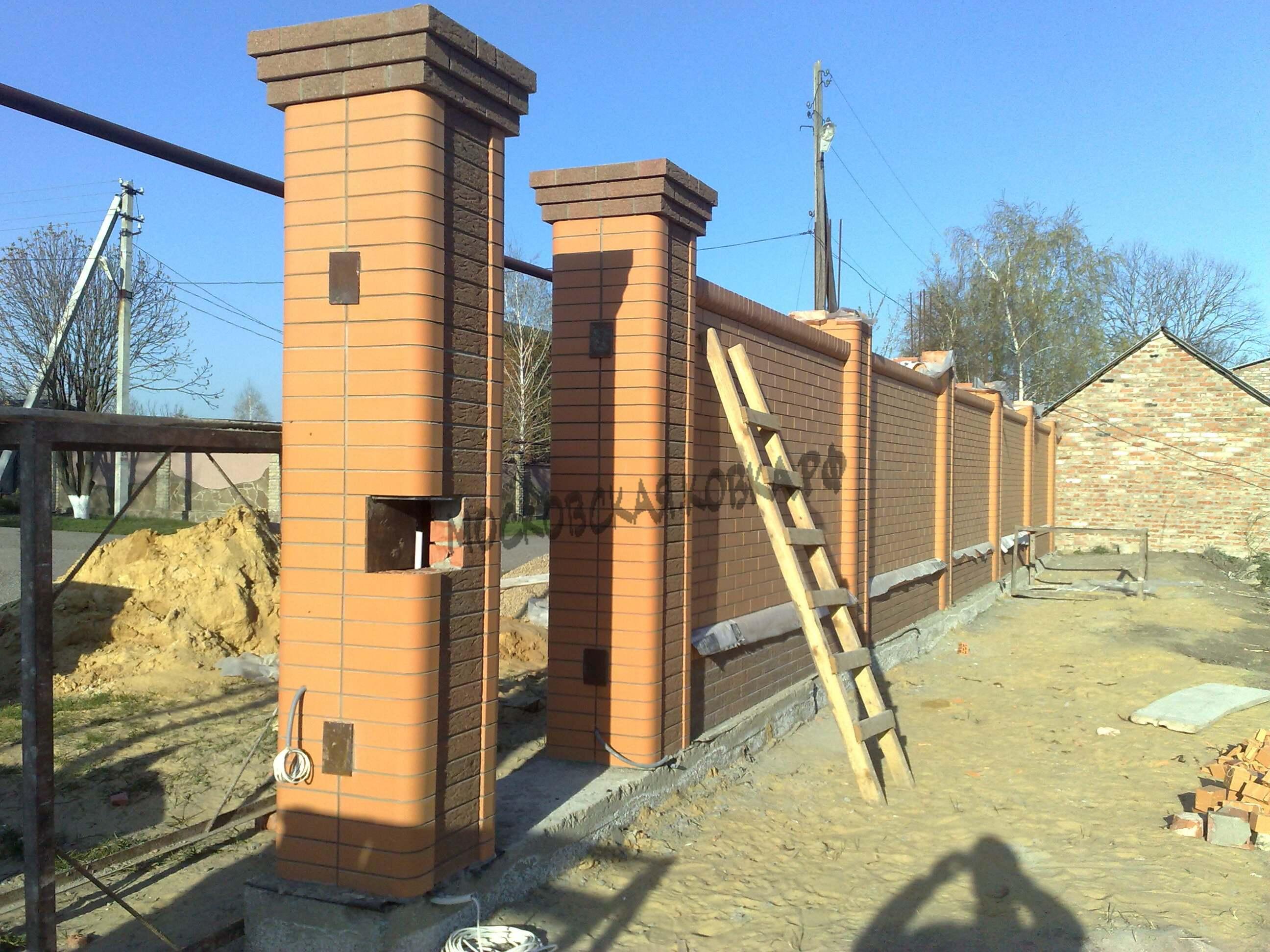 кирпичные столбики для ворот