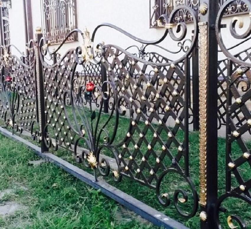Красивый кованый заборчик Артикул № КЗ-068