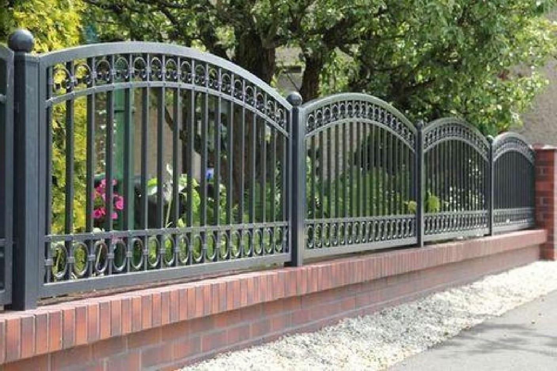 Арочный стальной забор с кольцами Артикул № КЗ-072