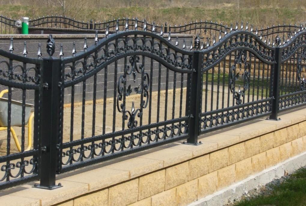 Волнистый кованый забор Артикул № КЗ-066