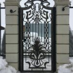 Кованые откатные ворота с калиткой (5)