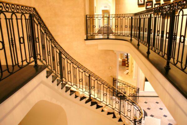 Перила кованые на лестницу АРТИКУЛ КП 202