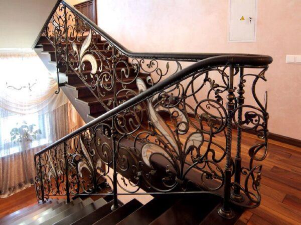 Кованые перила на лестницу АРТИКУЛ КП 207