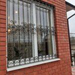 Недорогие кованые решетки на окна (2)