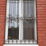 Недорогие кованые решетки на окна (3)