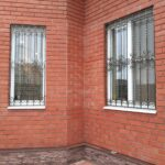 Недорогие кованые решетки на окна (5)