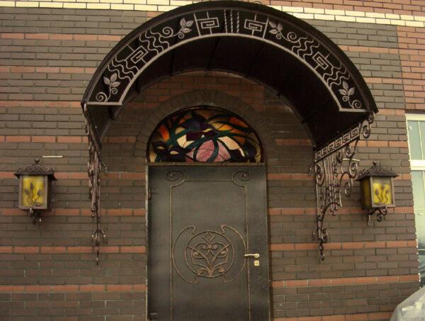 Кованые козырьки и дверь Артикул № 060
