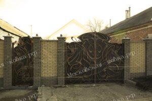 Кованые ворота с золотой патиной (3)
