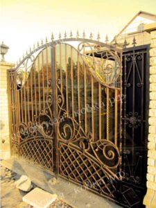 Кованые художественные ворота (1)