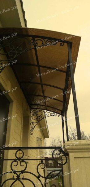 Прямой односкатный кованый козырек с перилами Артикул № 094