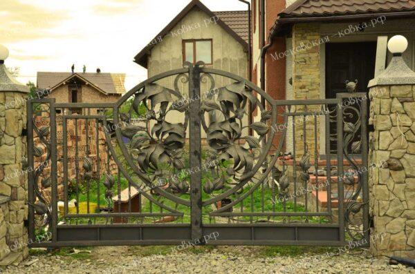 Оригинальные кованые ворота для дачи Артикул КВ-073