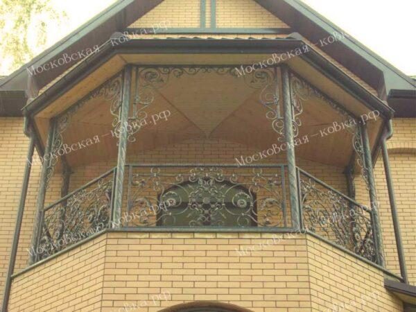 Балконные ограждения с коваными столбами АРТИКУЛ КП 2020-12