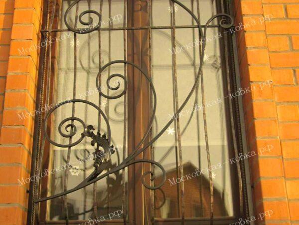 Недорогие кованые решетки на окна Артикул КР-002