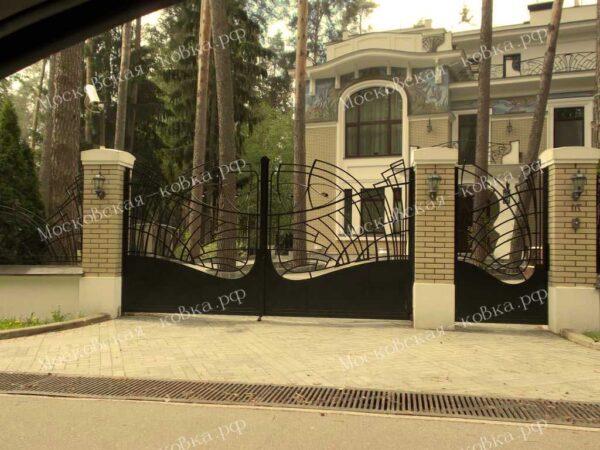 Кованые распашные ворота и забор Артикул КВ-099