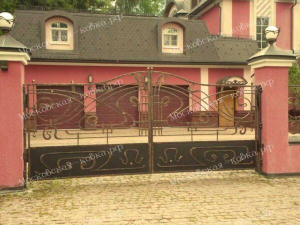 Небольшие кованые ворота для коттеджа Артикул КВ-100