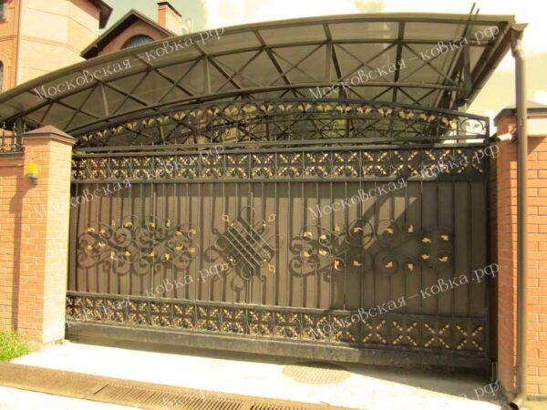 Кованые откатные ворота и навес для автомобиля Артикул КВ-084