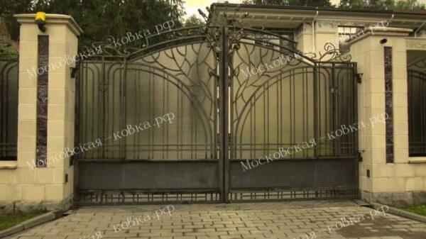 Кованые ворота с навершием из цветов Артикул КВ-111