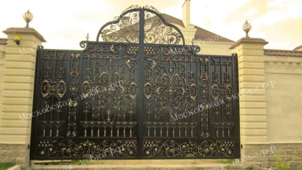 Большие кованые ворота Артикул КВ-118