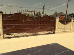 Кованые ворота и калитка цвета старой меди (2)