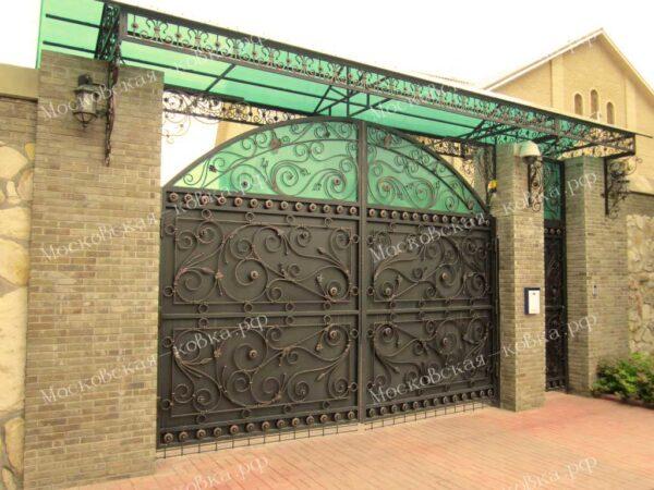 Кованый козырек над воротами № 107