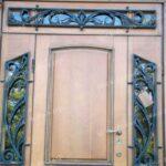 Кованые декоративные украшения двери