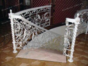 Кованые перила в белом цвете (1)