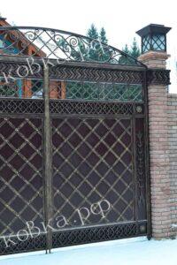 Кованые-ворота в восточном стиле