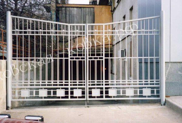Кованые ворота с геометрическим узором Артикул КВ-139