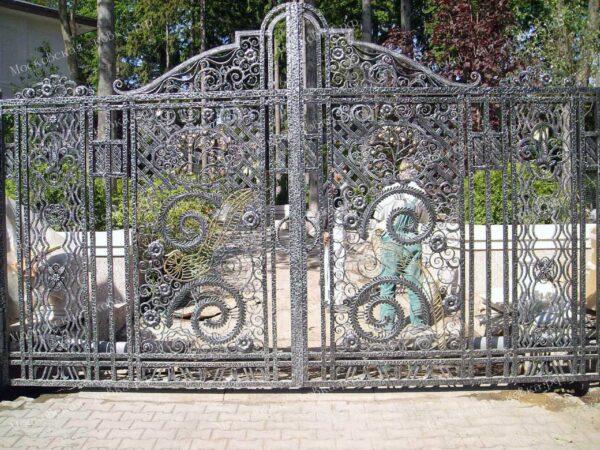 Роскошные кованые ворота в стиле Рококо Артикул КВ-151