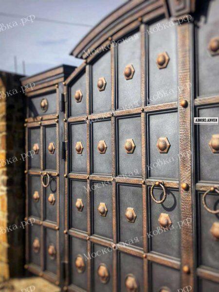 Солидные кованые ворота в строгом стиле Артикул КВ-135