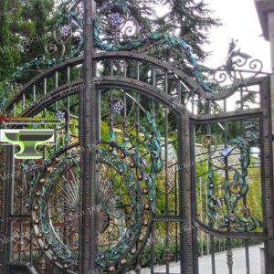Элитные кованые ворота открытого типа