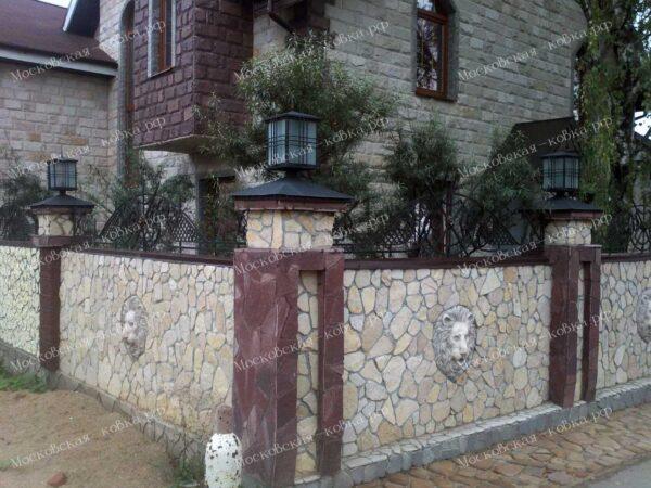 Кованые навершия забор с сеткой Артикул № КЗ-2020-31