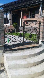 Кованые ограждения забор для загородного дома